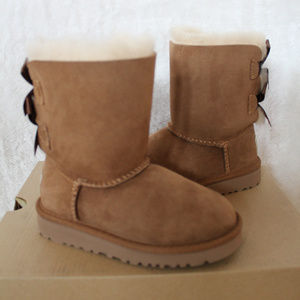 UGG BAILEY BOW CHESNUT TODDLER BOOTS 9